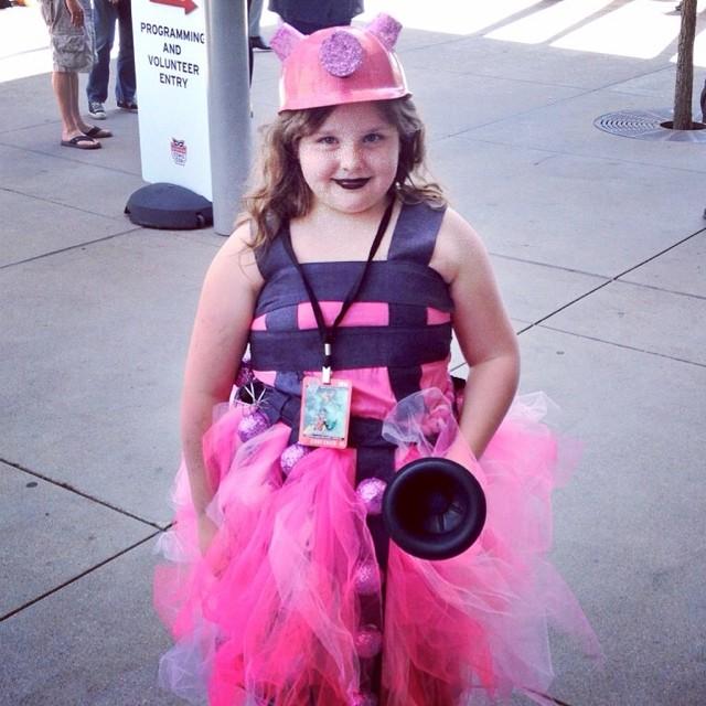 14424568505_3d0b4f6fec_o  sc 1 st  The Feminine Miss Geek - WordPress.com & Cosplay Kids: Adorable Pink Dalek | The Feminine Miss Geek